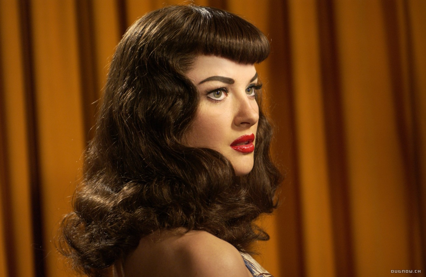 bettie page viewing gallery