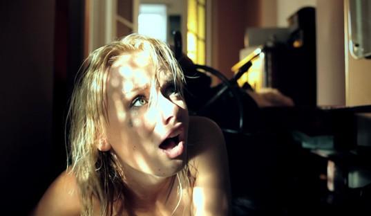 onlayn-porno-filmi-kak-konchayut-babi